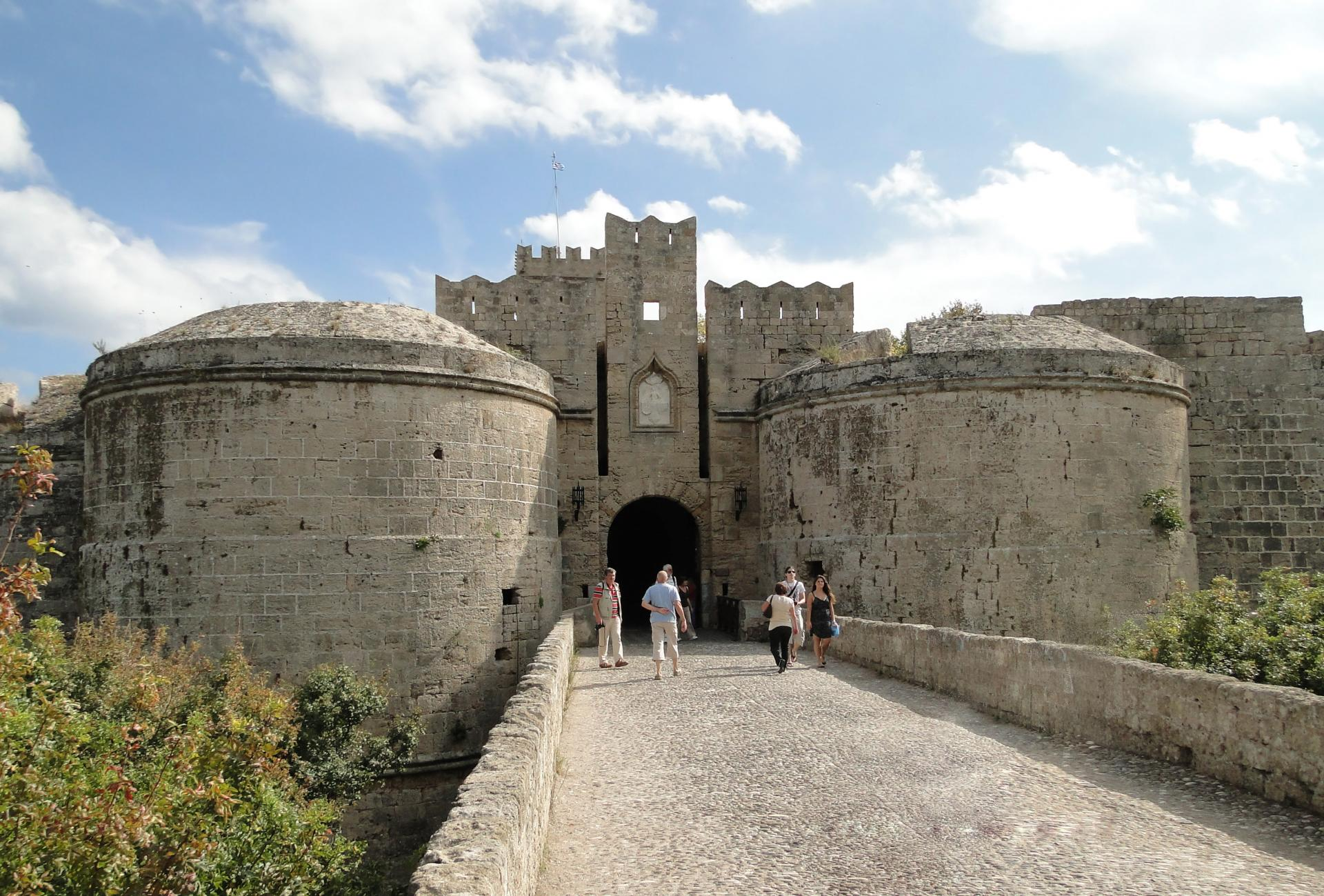 book_a_Rhodes_Old_Town_Walking_Tour_for_Small_Group_with_rhodes_rental_services_08